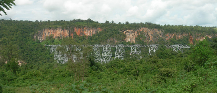 birmania, treno per gokteik viaduct