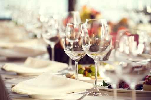 In un bicchiere… guida pratica alla corretta degustazione del vino