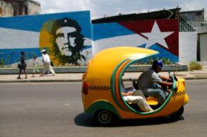 viaggio a cuba coco taxi